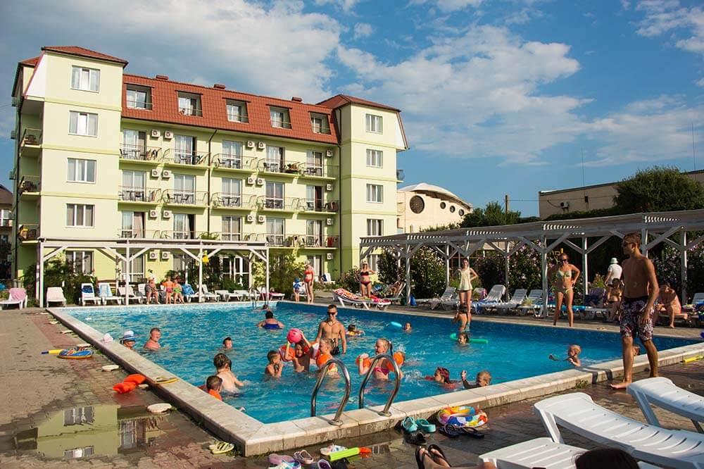 Отельный комплекс «Тройка»